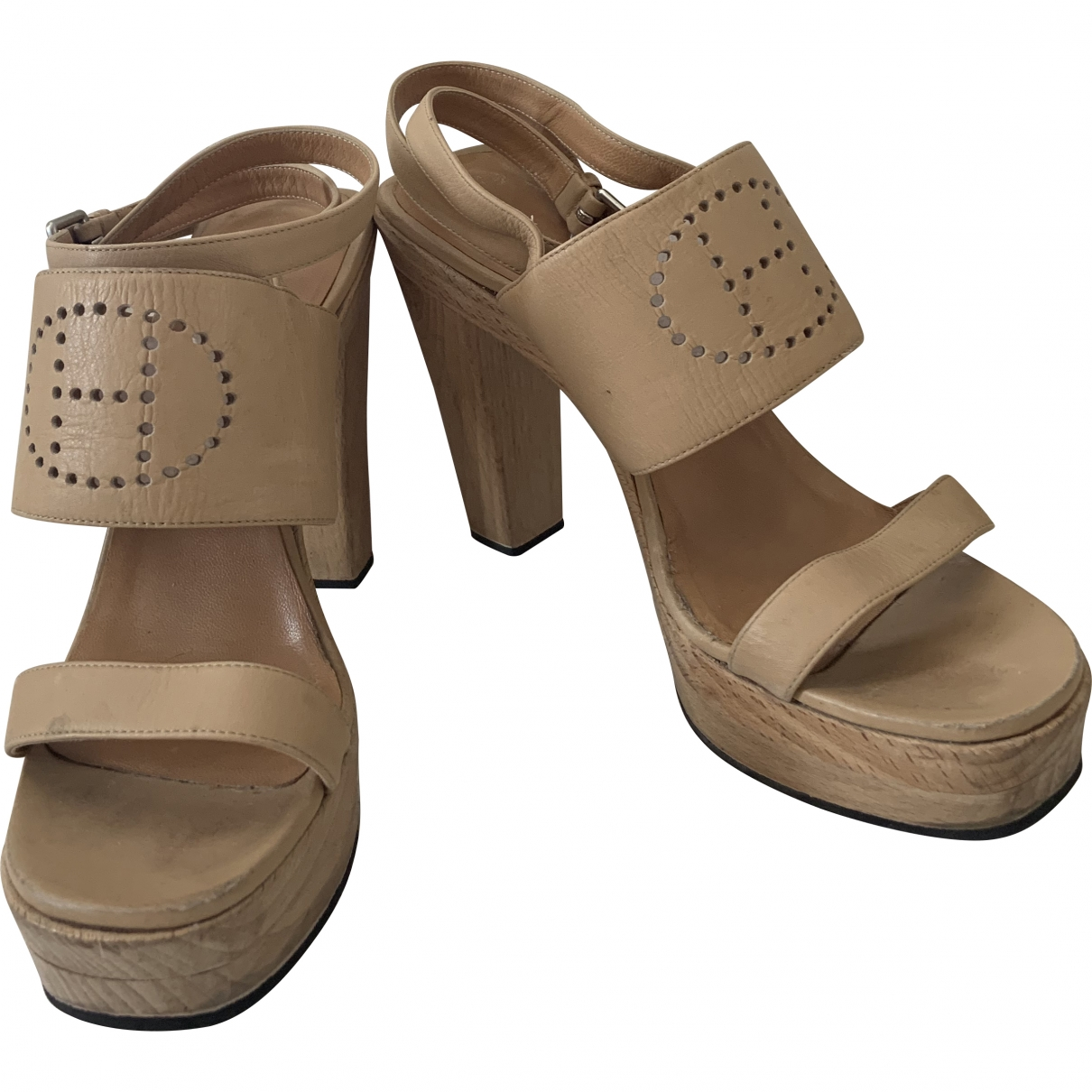 Hermès \N Beige Leather Sandals for Women 37 EU