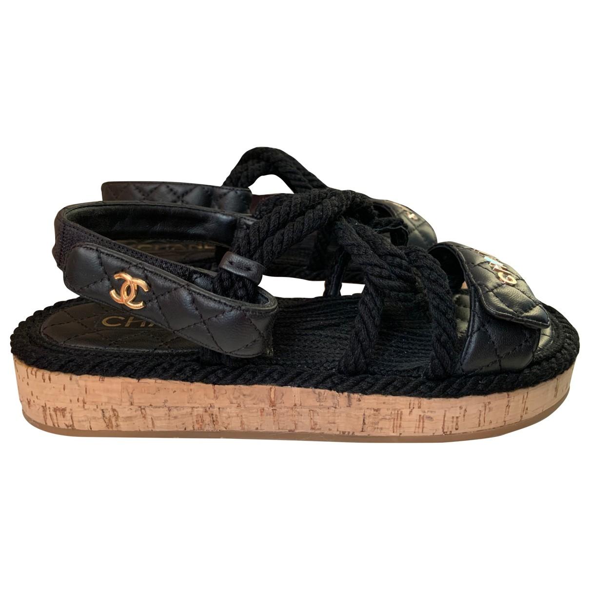 Chanel \N Black Leather Sandals for Women 38 EU