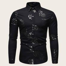 Maenner Hemd mit Rose Muster und Knopfen an Manschetten