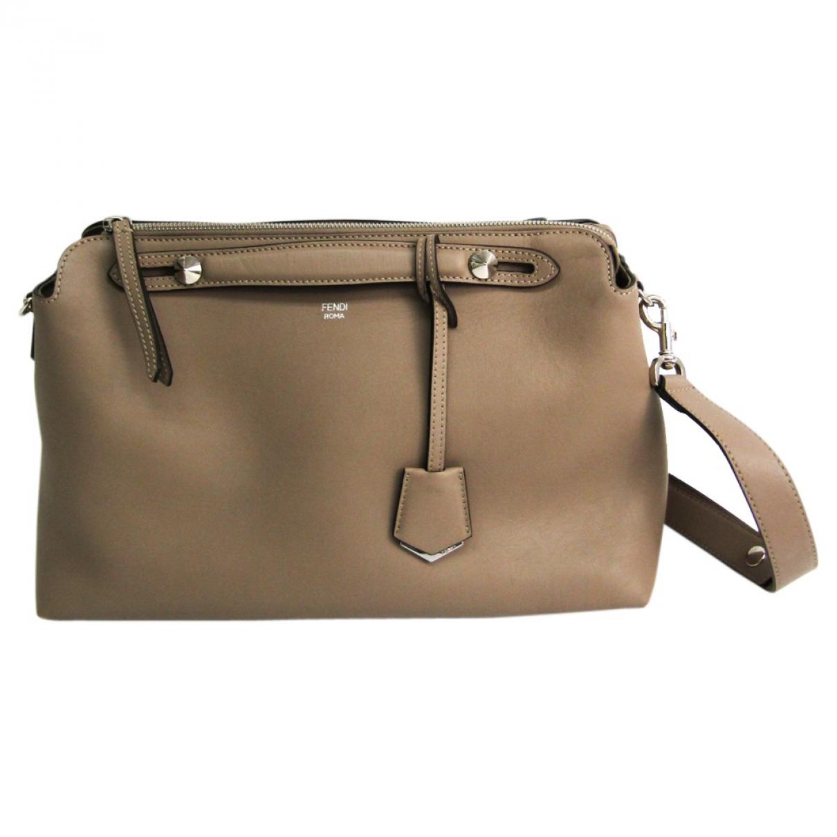 Fendi By The Way  Handtasche in  Beige Leder