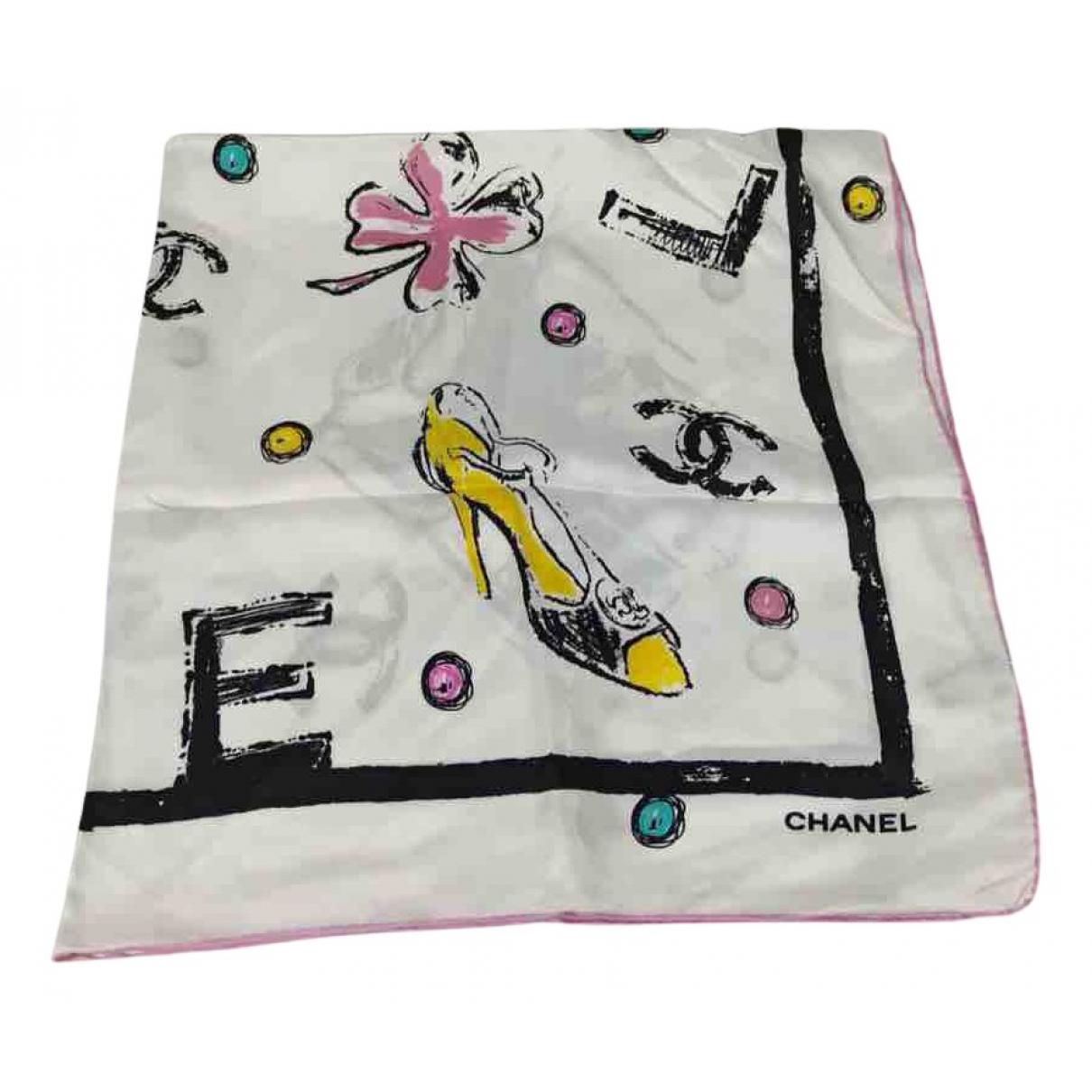 Chanel \N Schal in  Weiss Seide