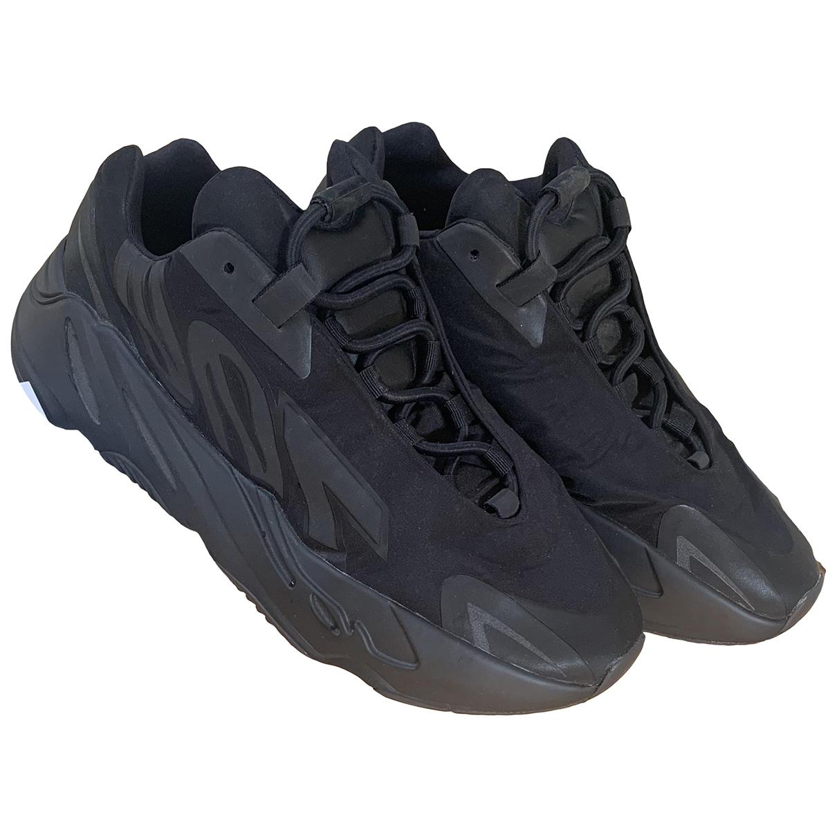 Yeezy X Adidas - Baskets 700 MNVN PHOSPHOR pour homme en toile - noir
