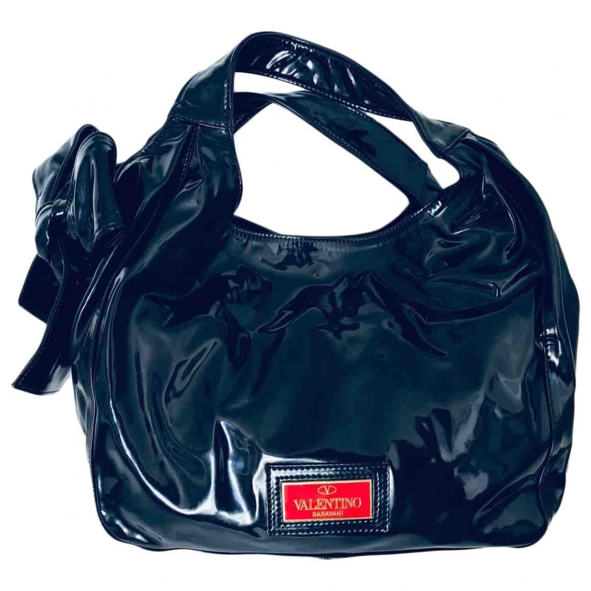 Valentino Garavani \N Handtasche in  Schwarz Lackleder