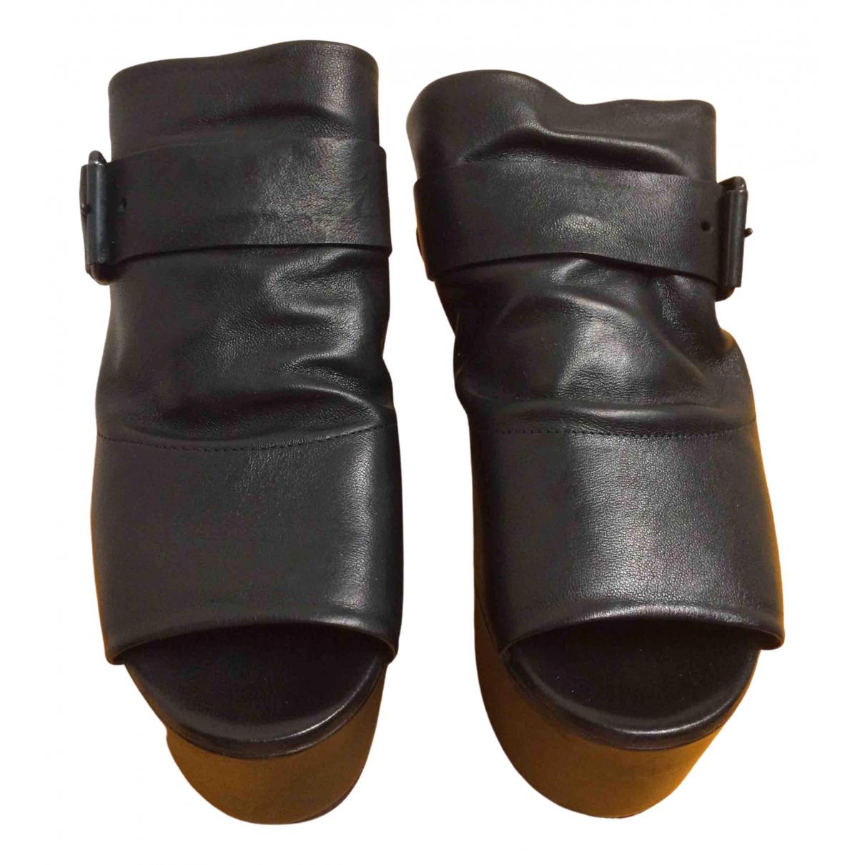 Marsell \N Clogs in  Schwarz Leder