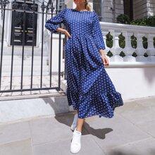 Kleid mit Punkten Muster und Schosschensaum