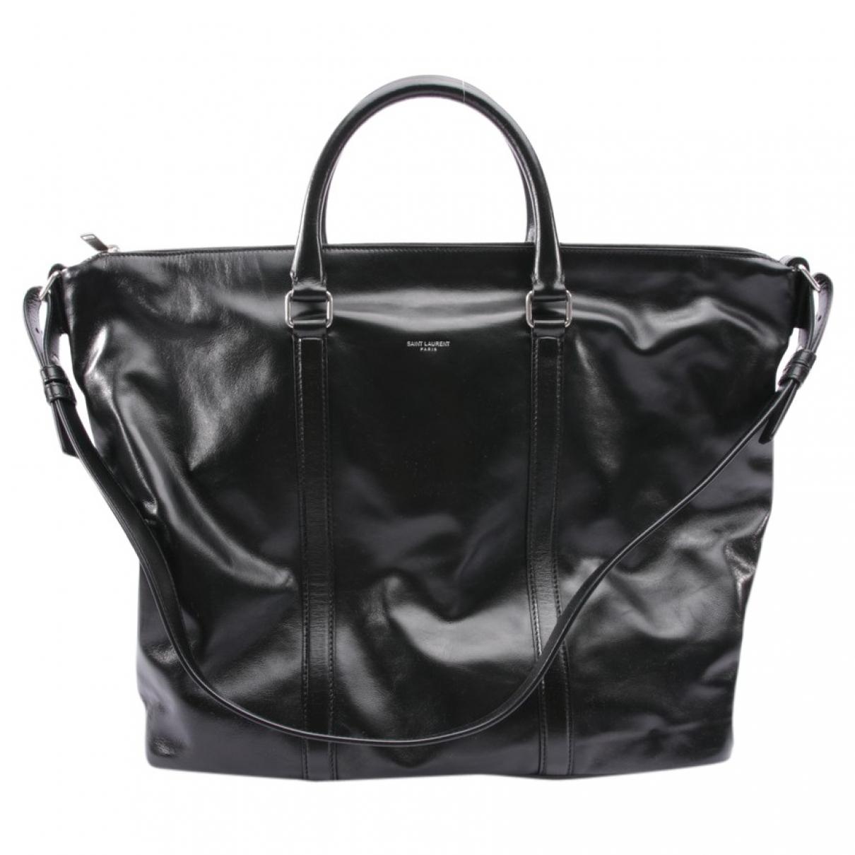 Saint Laurent Duffle Black Leather handbag for Women \N