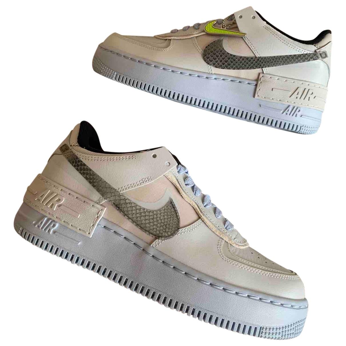 Nike Air Force 1 Sneakers in  Blau Leder