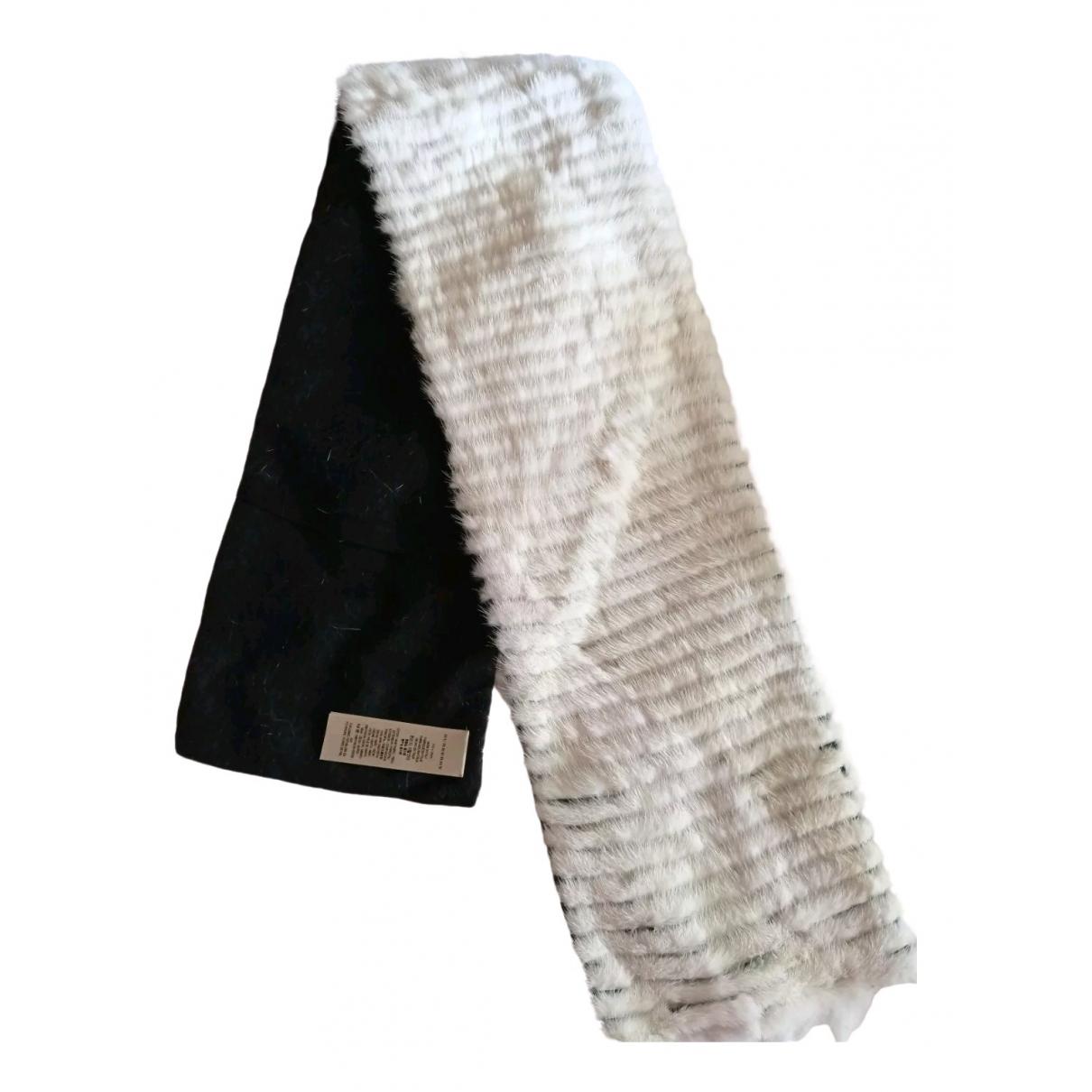 Burberry \N White Mink scarf for Women \N