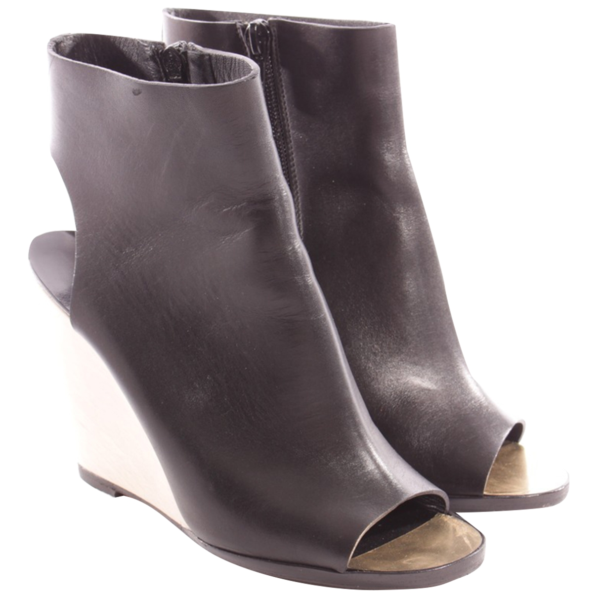 Chanel \N Black Leather Ankle boots for Women 36.5 EU