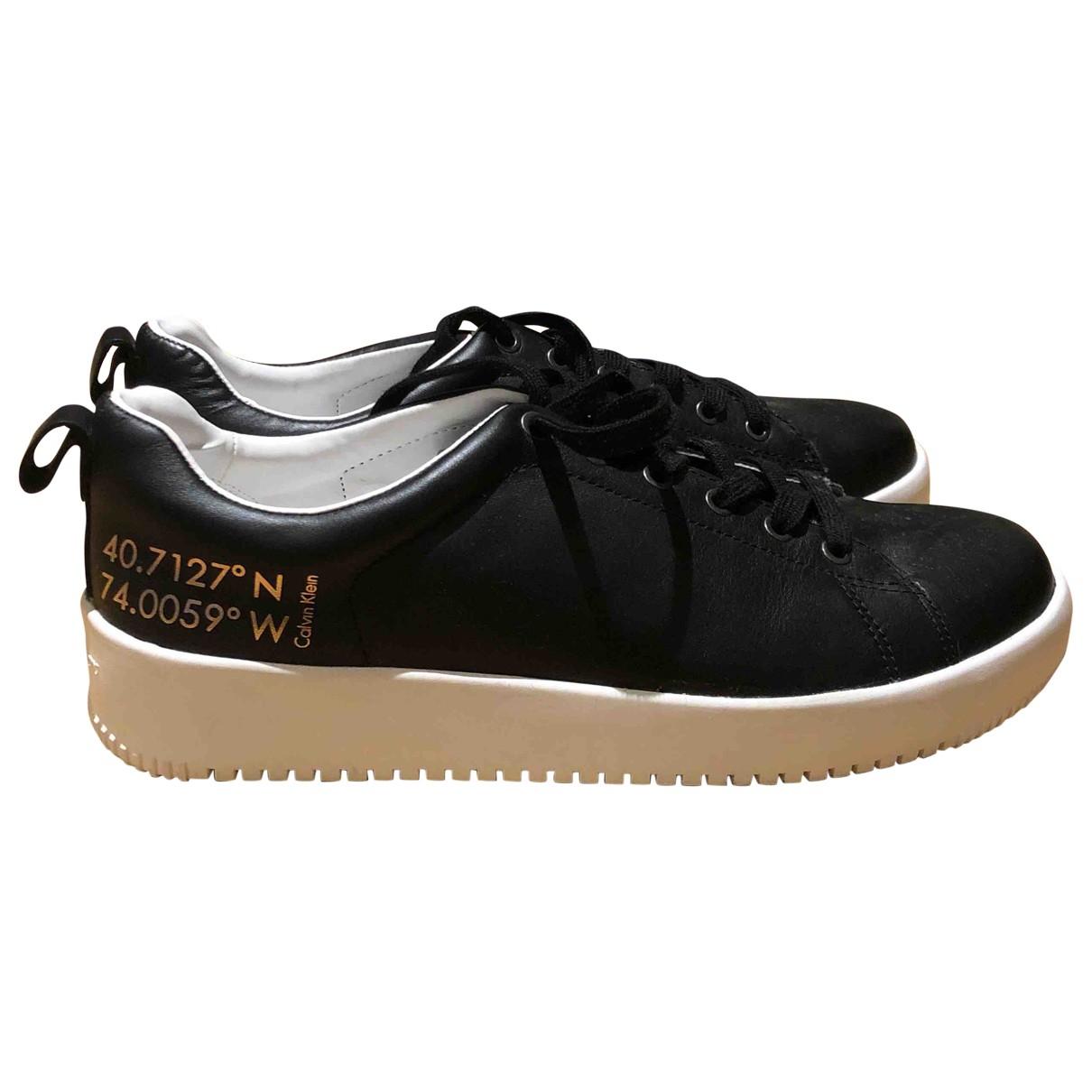 Calvin Klein \N Sneakers in  Schwarz Leder