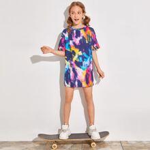 T-Shirt Kleid mit sehr tief angesetzter Schulterpartie und Batik
