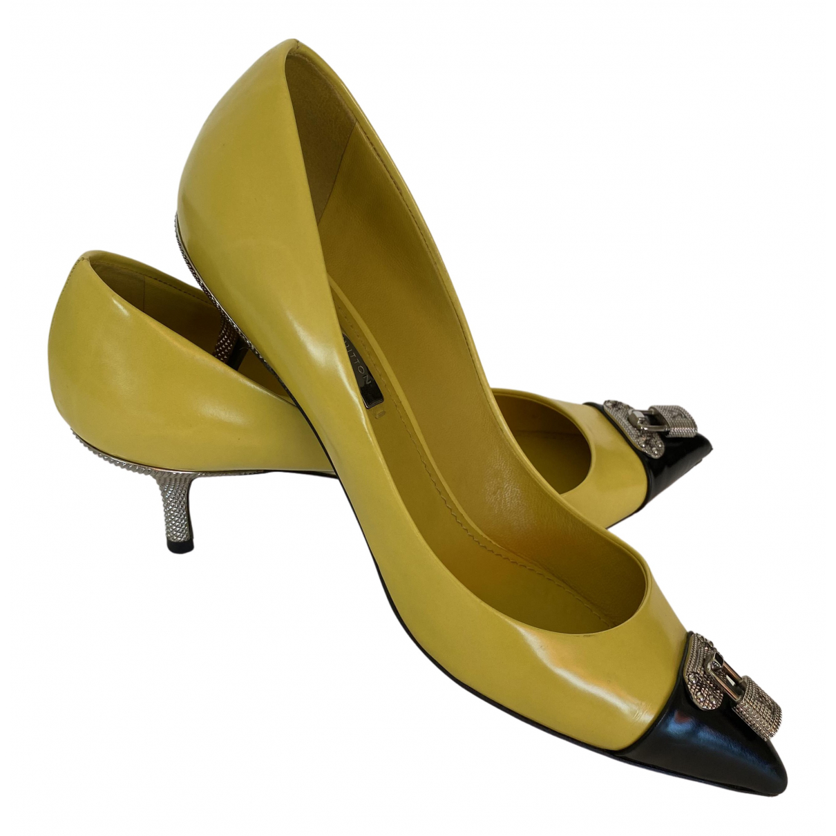 Louis Vuitton \N Pumps in  Gelb Leder