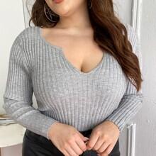 Gerippter Strick Pullover mit eingekerbtem Kragen