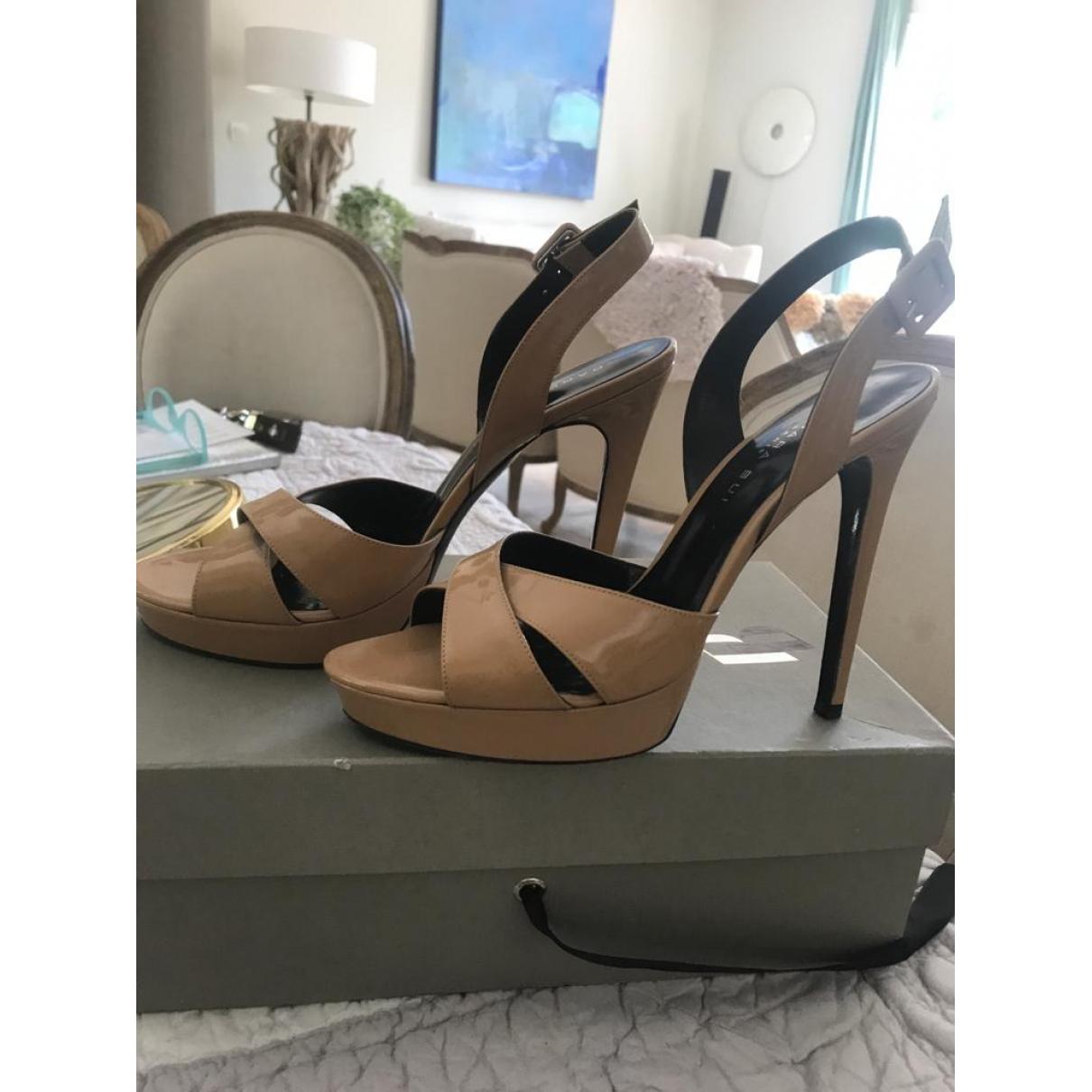 Barbara Bui \N Beige Patent leather Heels for Women 38.5 EU