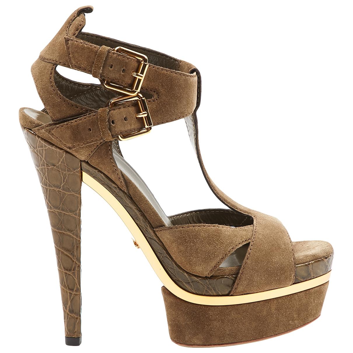 Gucci \N Khaki Suede Heels for Women 39 EU