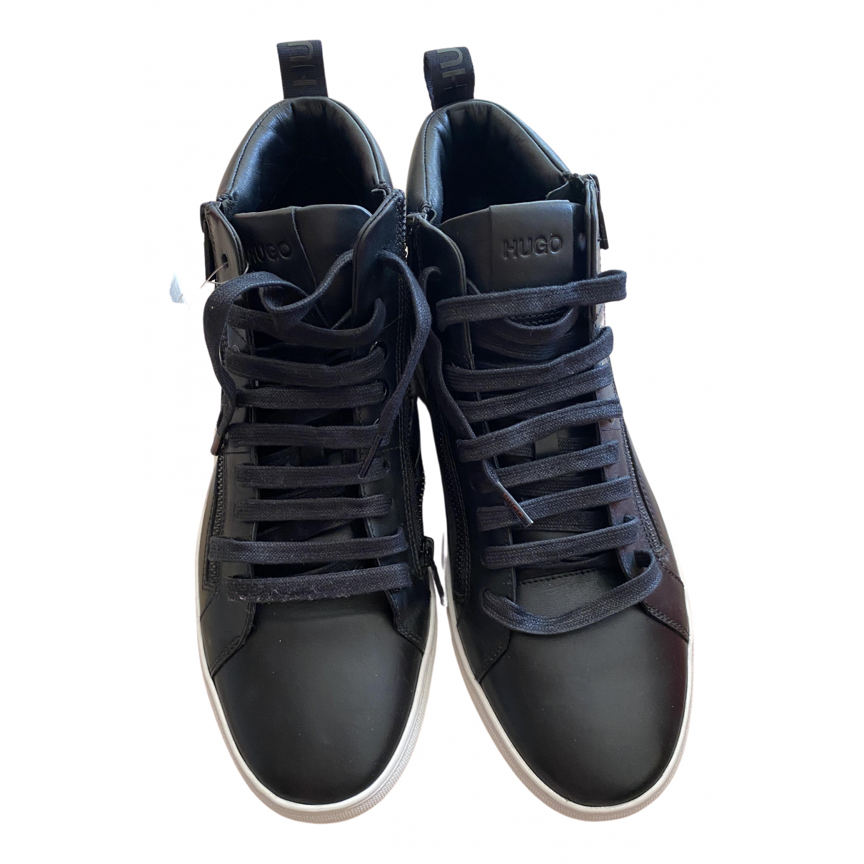 Hugo Boss \N Sneakers in  Schwarz Leder