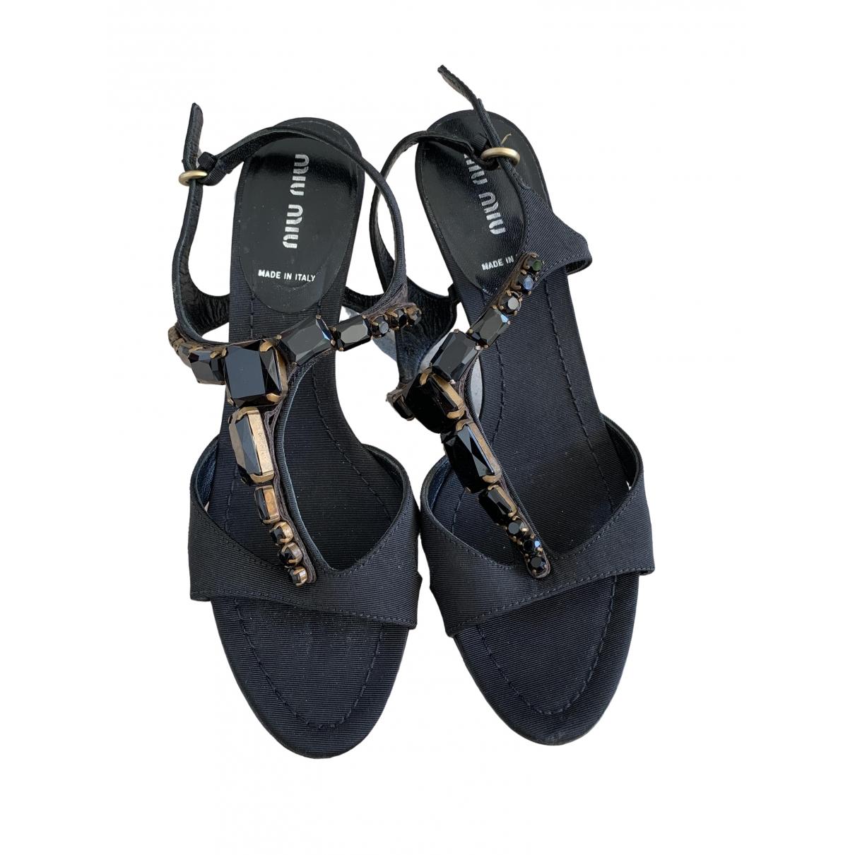 Miu Miu \N Sandalen in  Schwarz Leinen