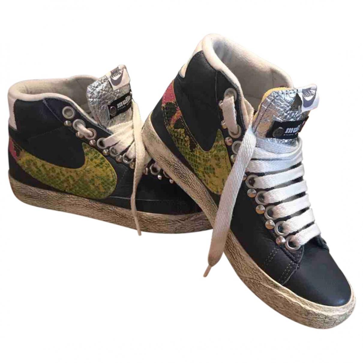 Nike Blazer Sneakers in  Blau Leder