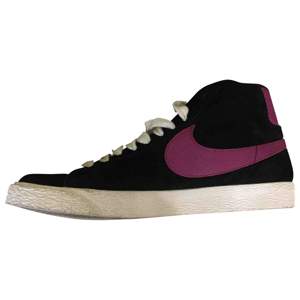 Nike - Baskets Blazer pour femme en suede - noir