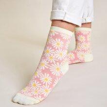 Socken mit Gaensebluemchen Muster