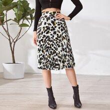 Allover Print Pleated Skirt