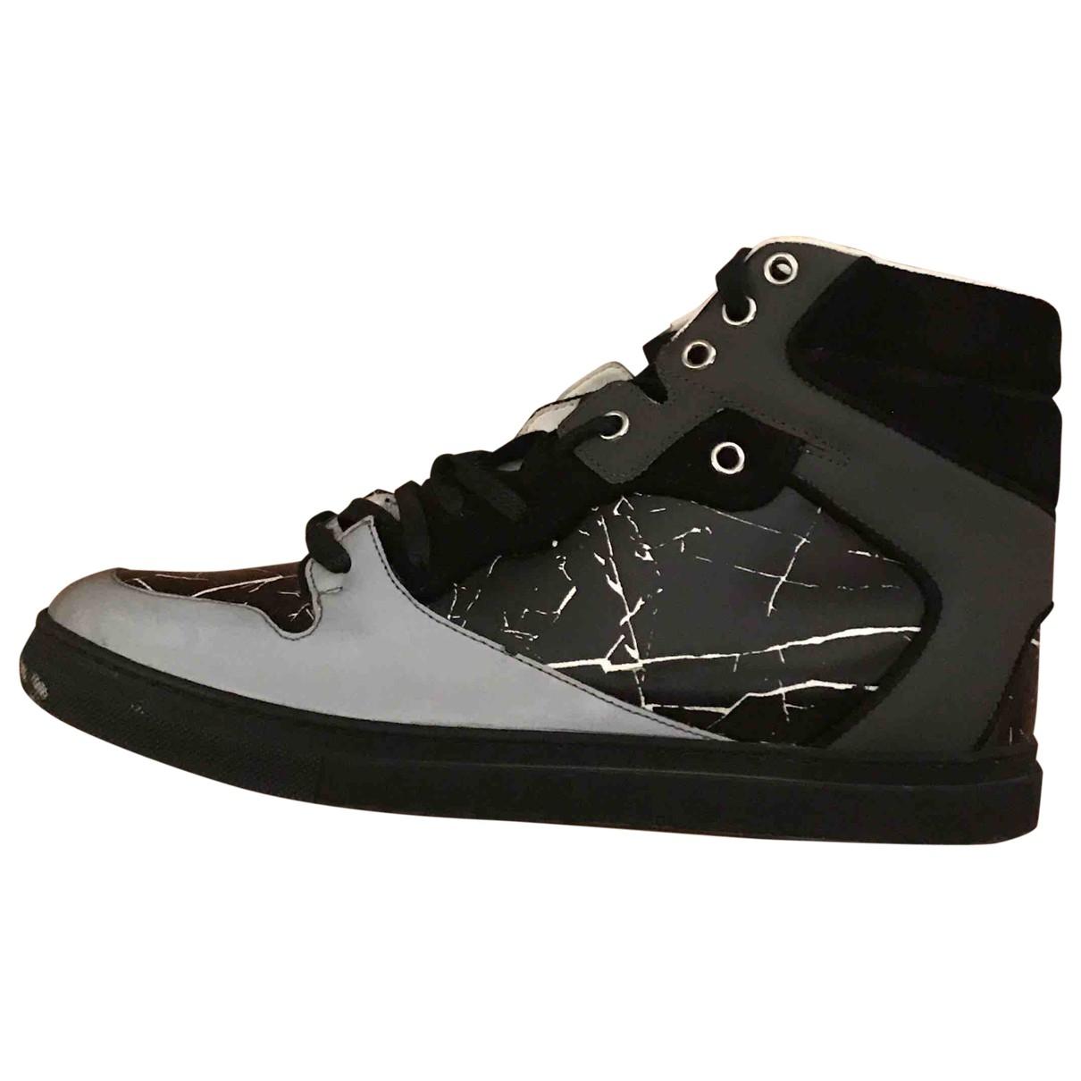 Balenciaga \N Sneakers in  Schwarz Leder