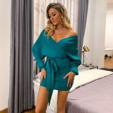 Pullover Kleid mit Fledermausaermeln und Guertel