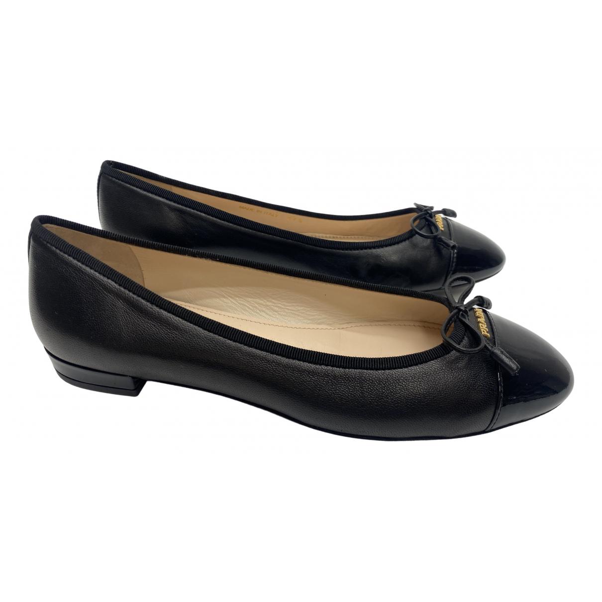 Prada \N Black Leather Ballet flats for Women 37.5 IT