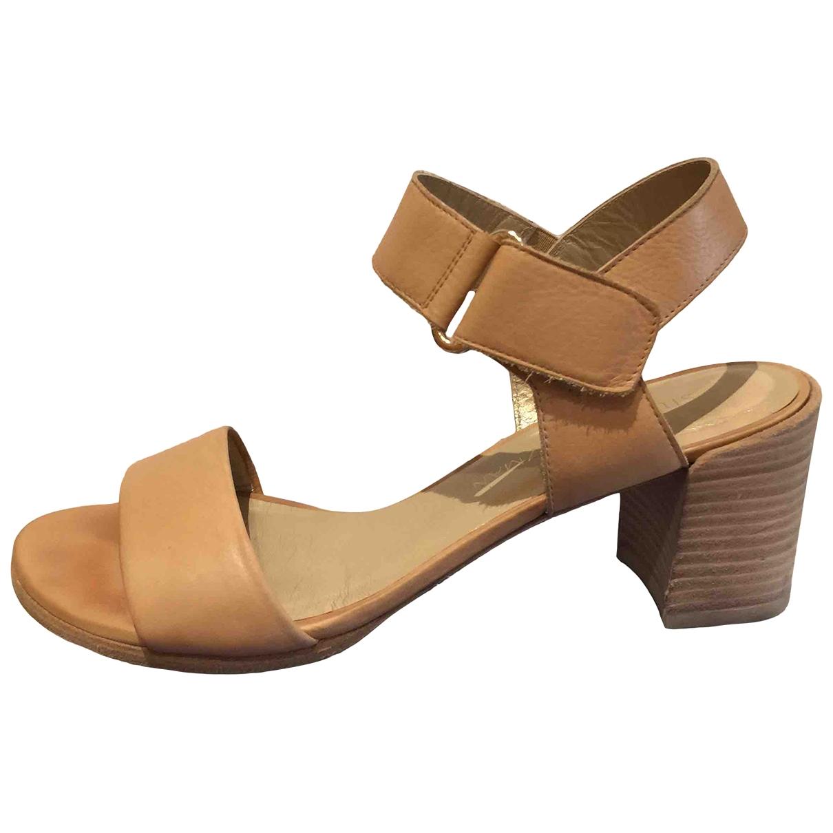 Stuart Weitzman \N Camel Leather Sandals for Women 38.5 EU