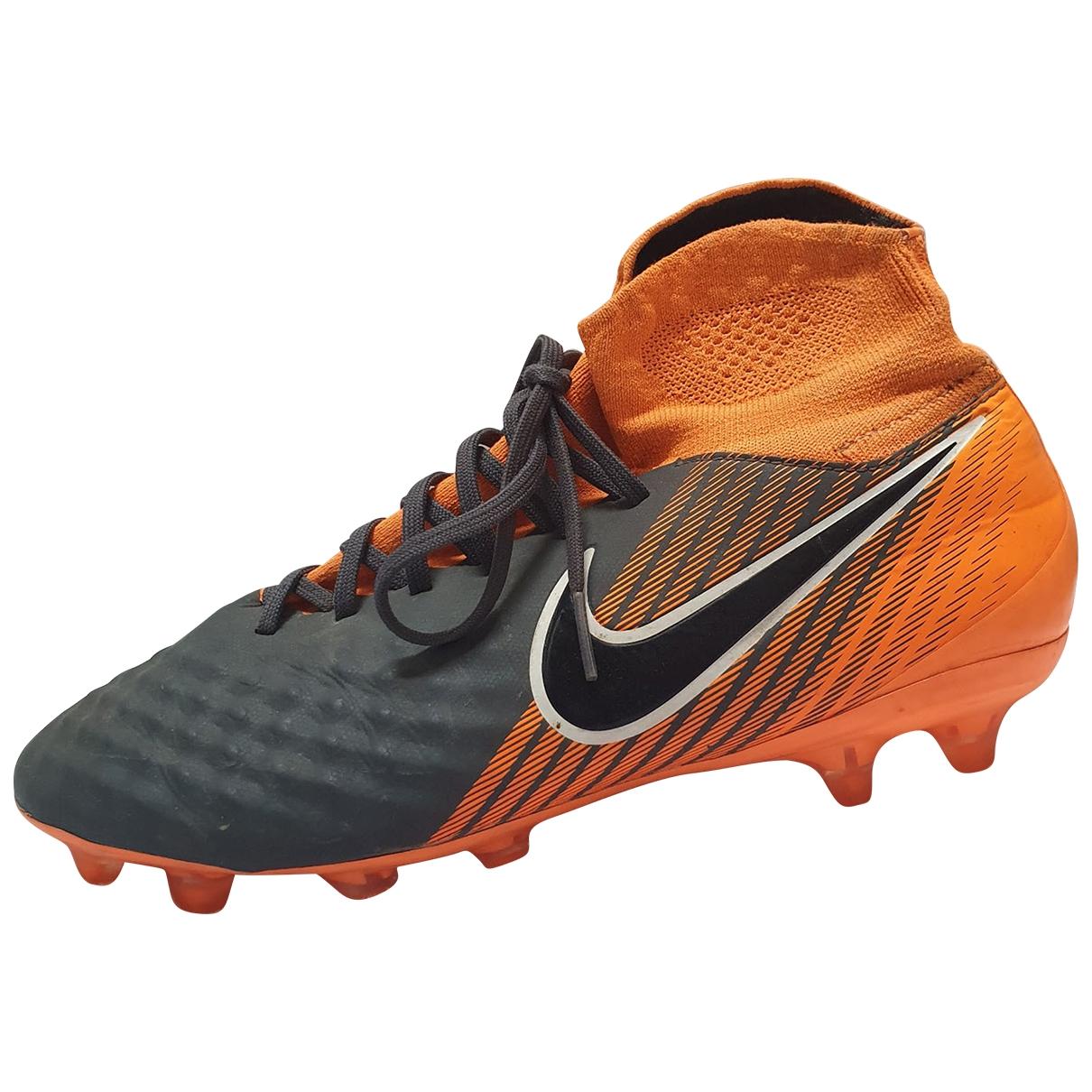 Nike \N Sneakers in  Orange Kunststoff