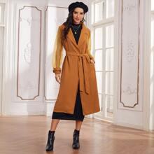 Mantel mit Kontrast, Organza Ärmeln und Guertel