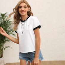 T-Shirt mit Kontrast Einsatz und rundem Kragen