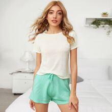 Einfarbige Strick Top und Shorts mit Knoten