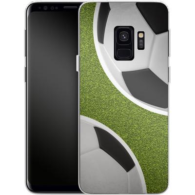Samsung Galaxy S9 Silikon Handyhuelle - Two Footballs von caseable Designs