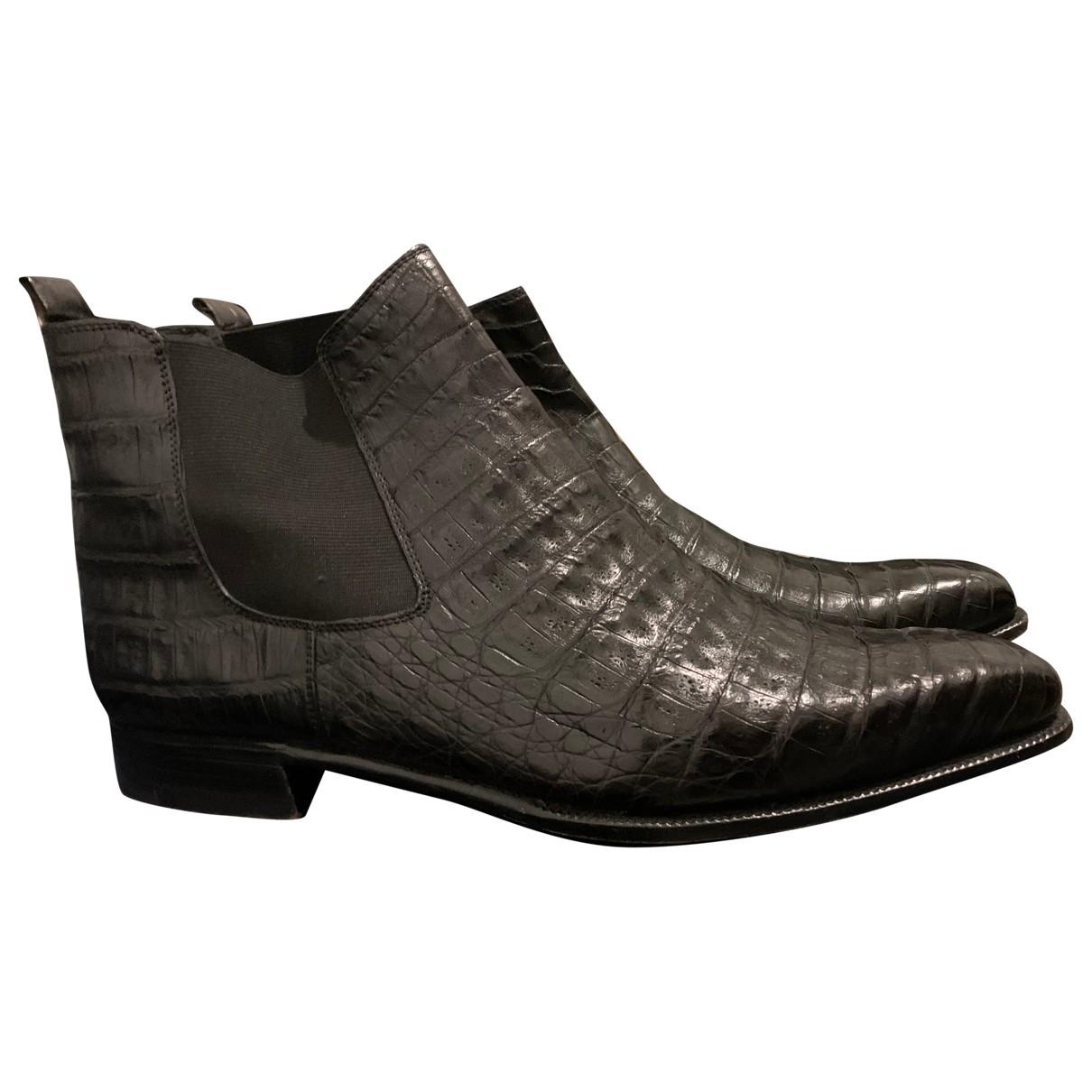 Non Signe / Unsigned \N Stiefel in  Braun Krokodil