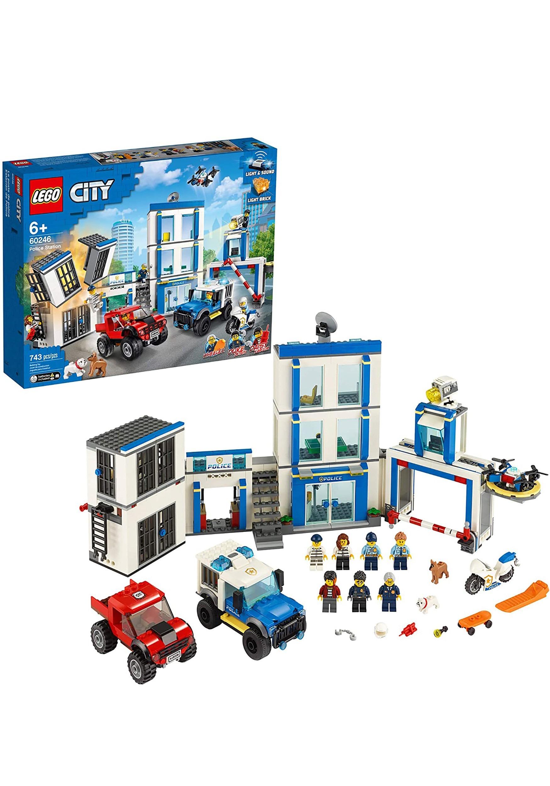 Police Station LEGO City Building Set