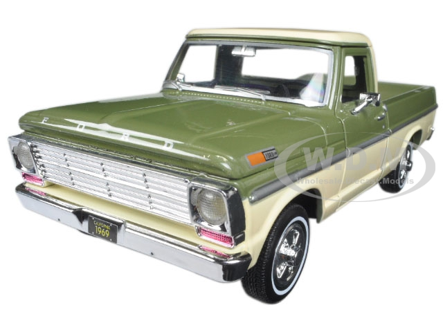 1969 Ford F-100 Pickup Truck Light Green and Cream 1/24 Diecast Model Car by Motormax