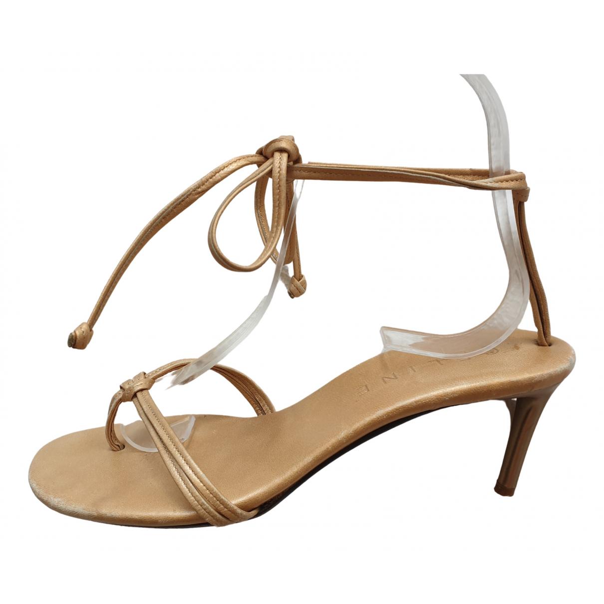 Celine \N Sandalen in  Gold Leder