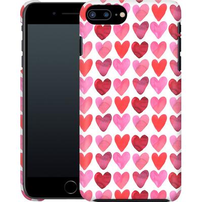 Apple iPhone 8 Plus Smartphone Huelle - Heart Watercolour von Amy Sia