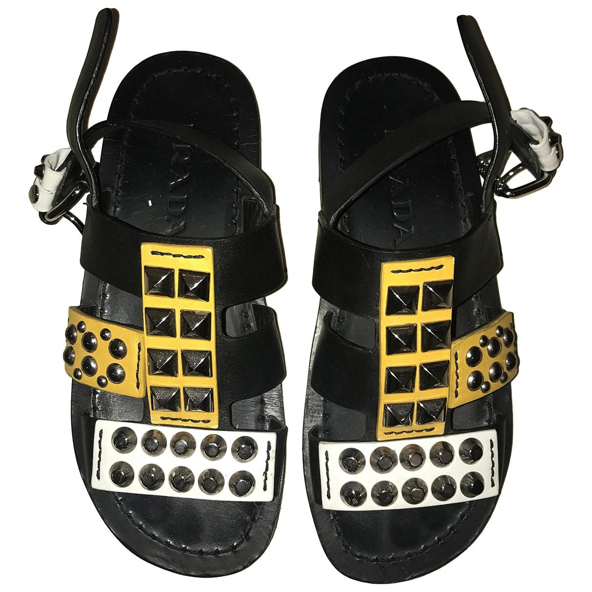 Sandalias de Cuero Prada