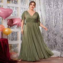 Kleid mit Glitzer, gekraeuseltem Saum und Falten