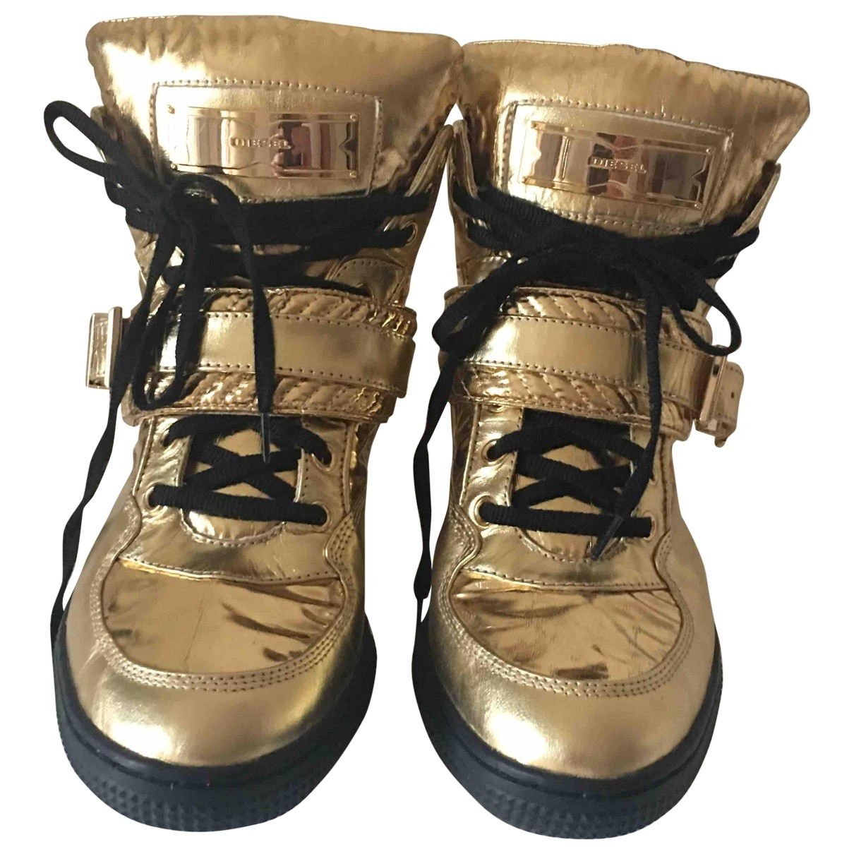 Diesel \N Gold Leather Trainers for Women 39 EU