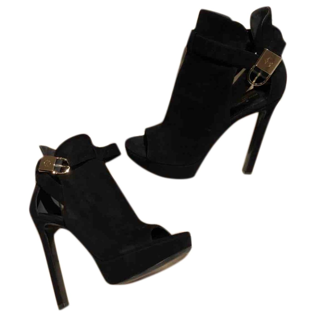 Louis Vuitton \N Black Suede Ankle boots for Women 39 EU