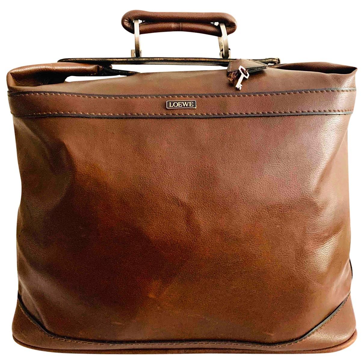 Loewe \N Reisetasche in  Braun Leder