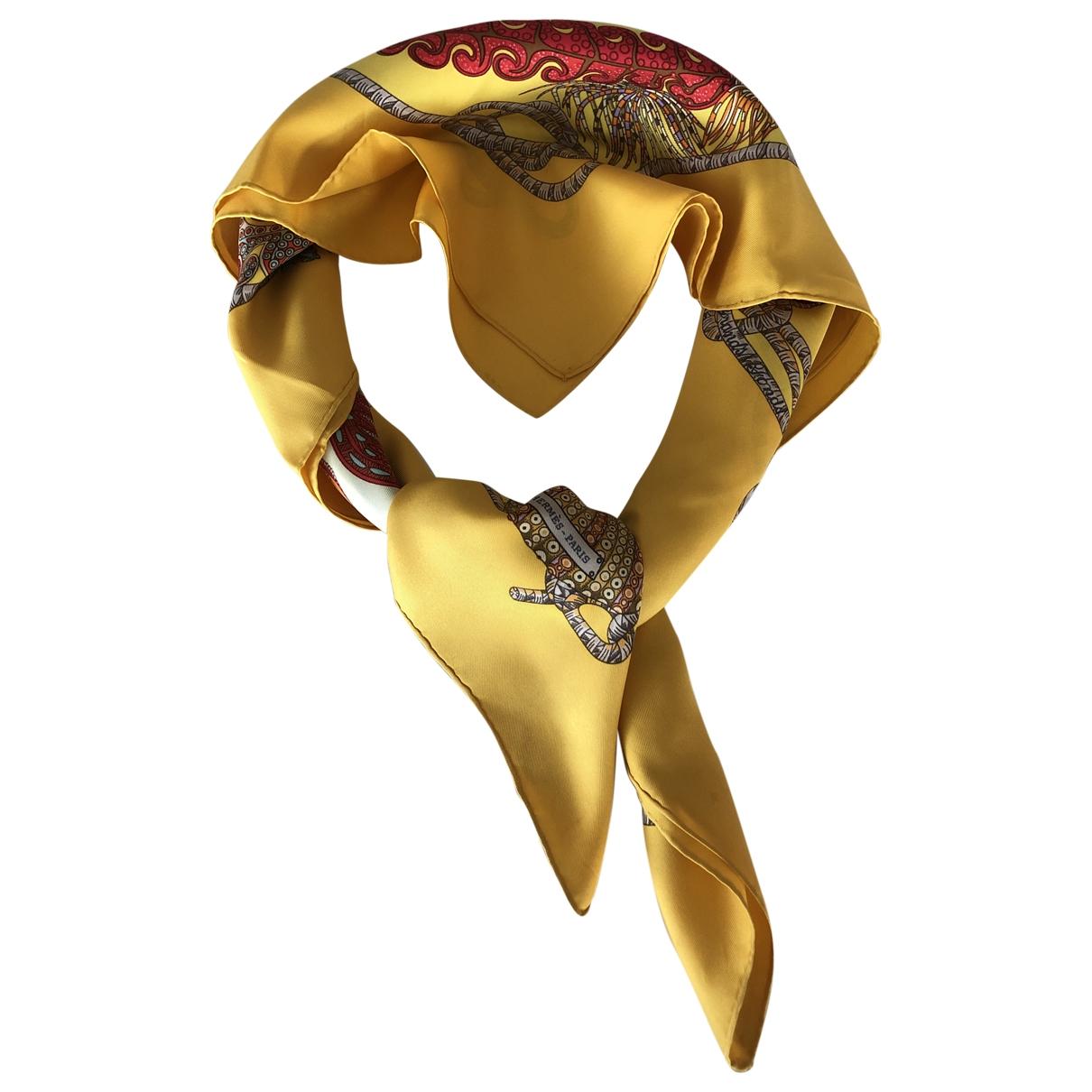 Hermes Carre 90 Tuecher in  Gelb Seide