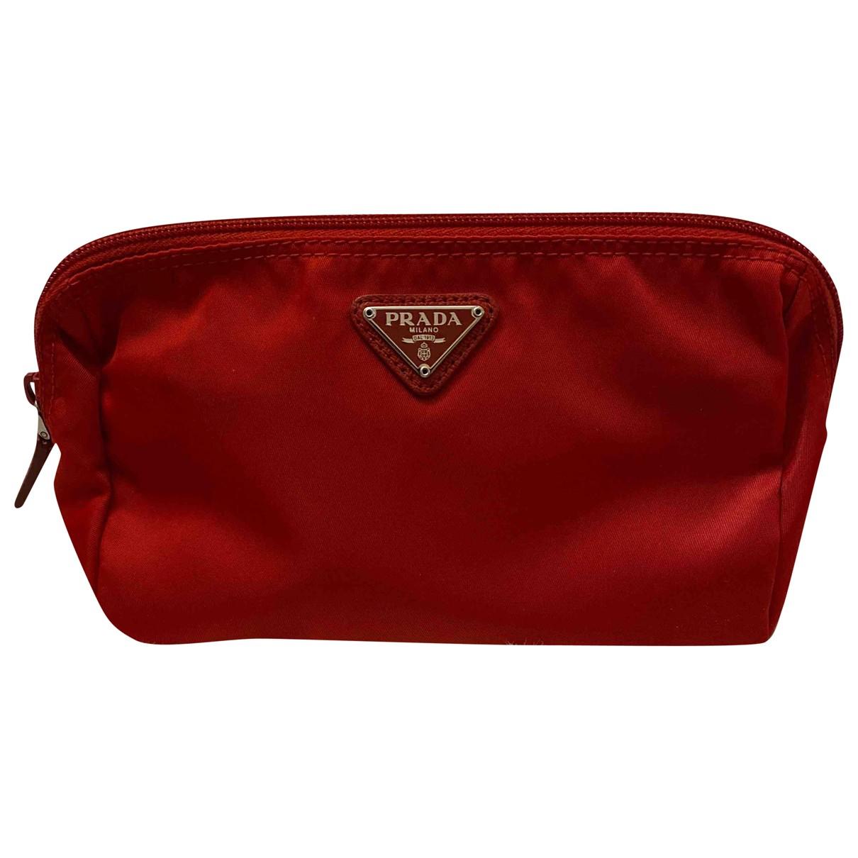 Prada - Pochette Re-Nylon pour femme - rouge