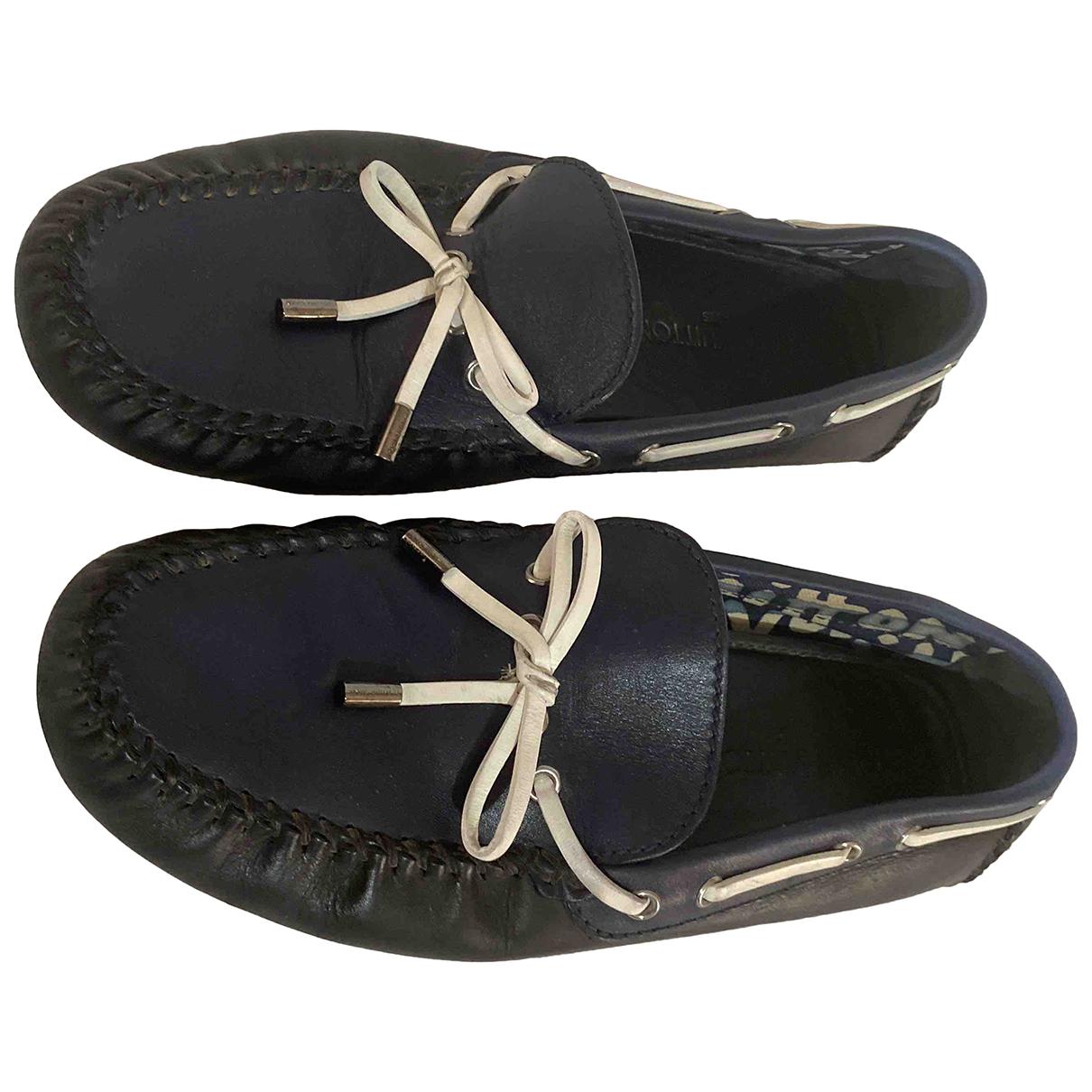 Louis Vuitton N Blue Leather Flats for Men 8.5 UK