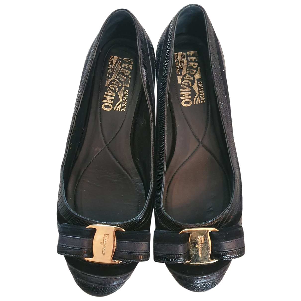 Salvatore Ferragamo \N Black Leather Ballet flats for Women 35 EU