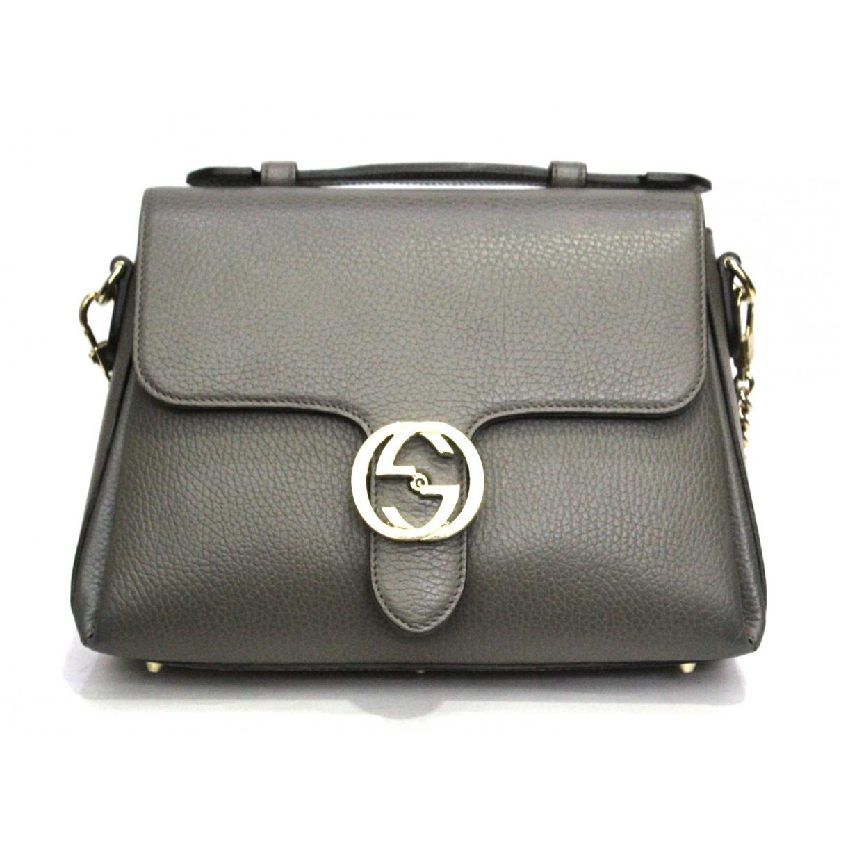 Gucci Interlocking Handtasche in  Grau Leder