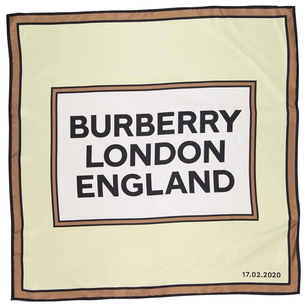 Burberry \N Schal in  Gruen Seide